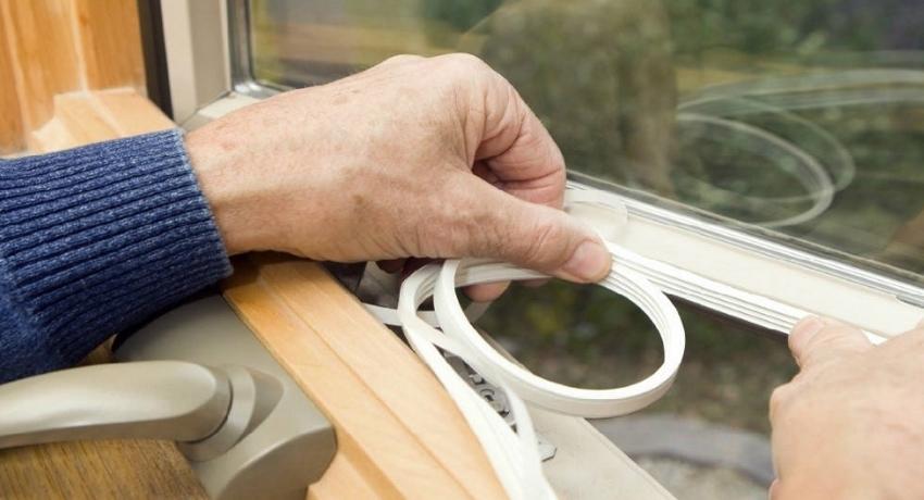 Как выбрать фирму по ремонту пластиковых окон