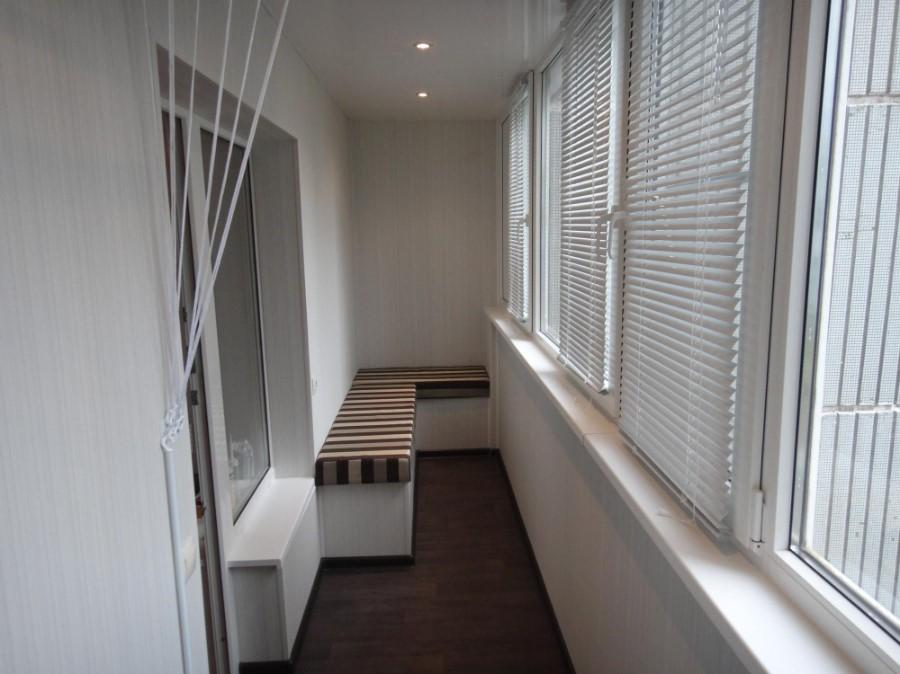 Профессиональная отделка балкона или лоджии. Преимущества